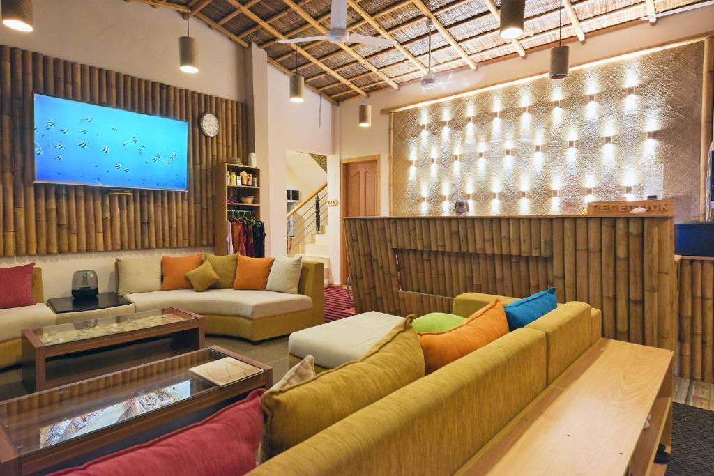 Ein Sitzbereich in der Unterkunft Ocean Retreat and Spa