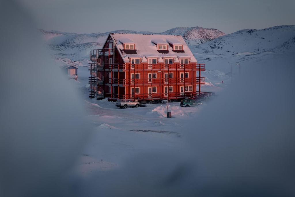 Hotel Avannaa зимой