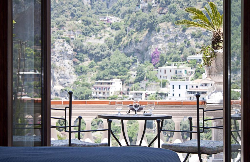 A balcony or terrace at Villa Palumbo B&B