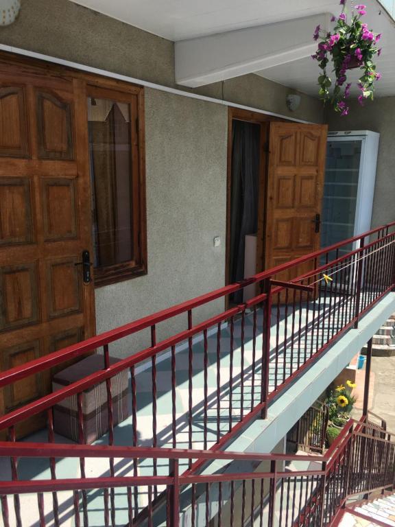 Балкон или терраса в Guest House Kristina