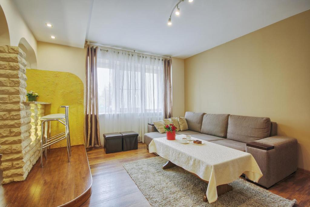 Гостиная зона в Oksapartment