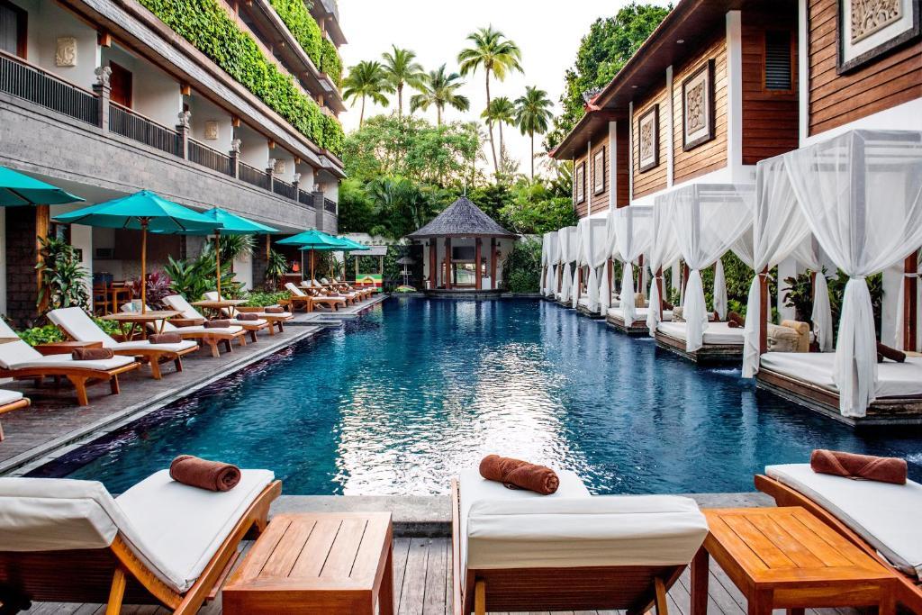 The swimming pool at or close to Astagina Resort Villa and Spa