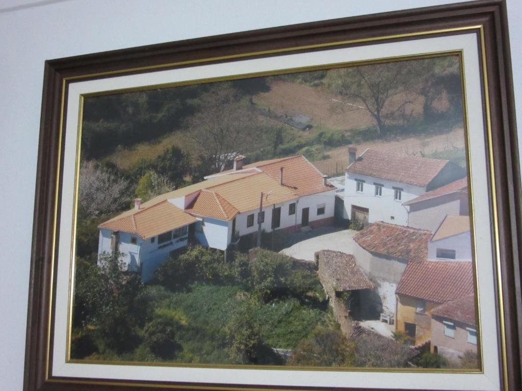 A bird's-eye view of Eira do Povo 1
