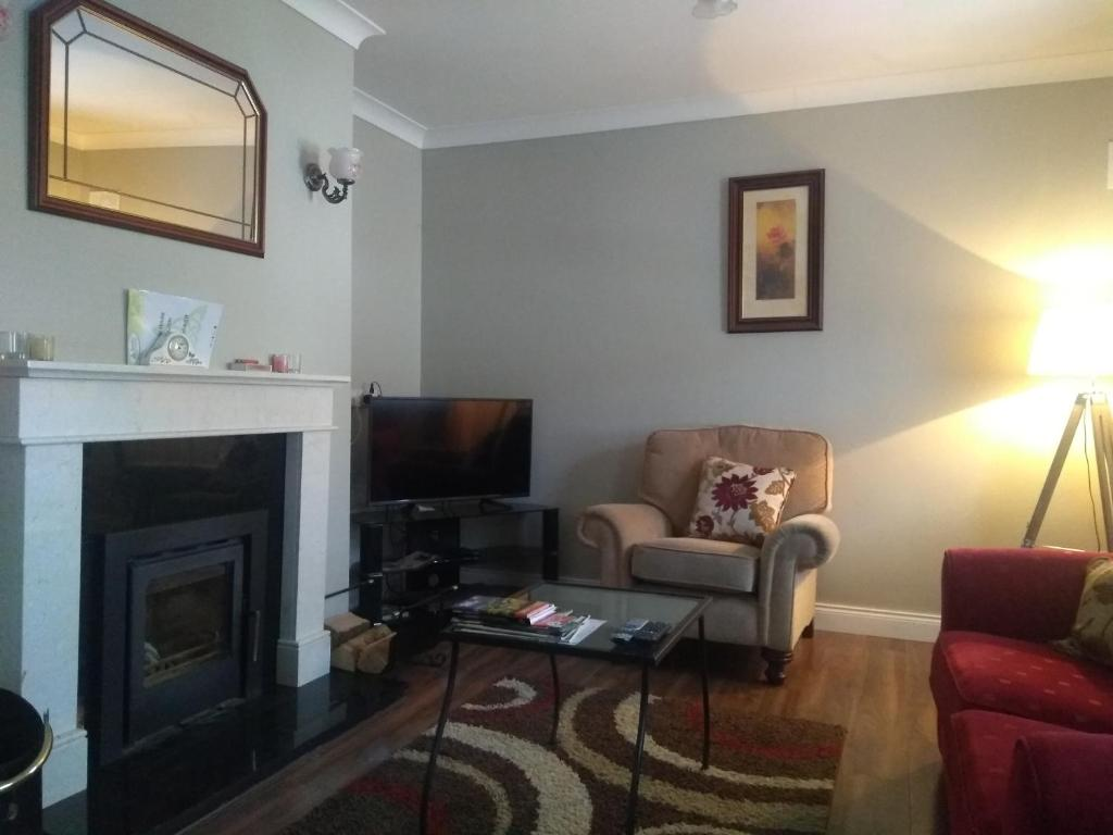 A television and/or entertainment centre at Brielle House