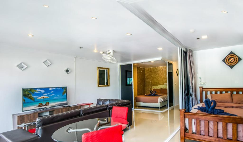 Apartment Patong Tower 2 Bedroom Suite Patong Beach Thailand Booking Com