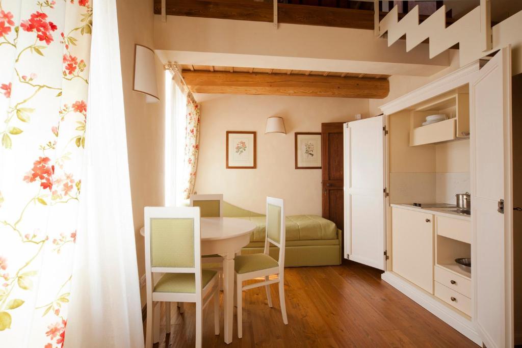 Agriturismo Antico Casale Bergamini Sant Ambrogio Di Valpolicella Prezzi Aggiornati Per Il 2020