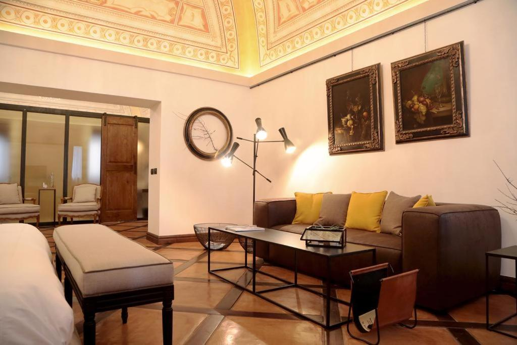 A seating area at B&B Al Palazzetto