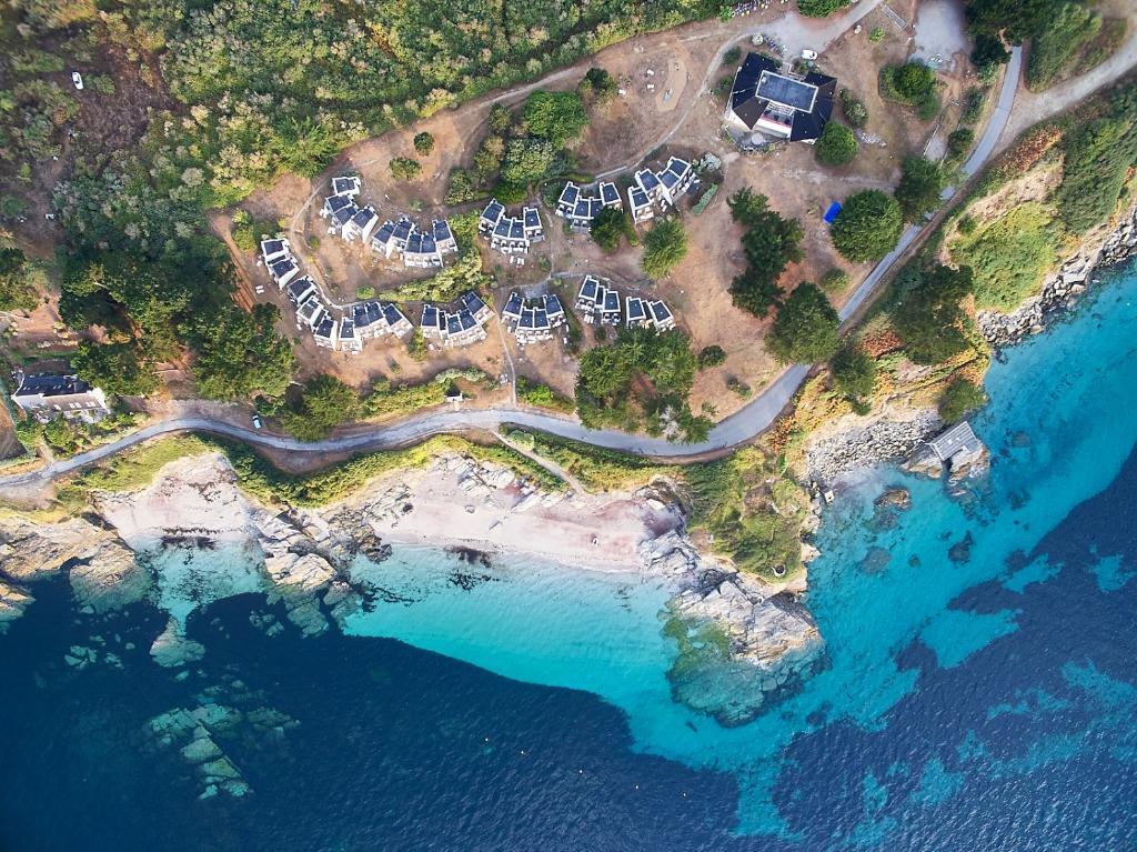 A bird's-eye view of VVF Villages « La Plage des Grands Sables » Île-de-Groix