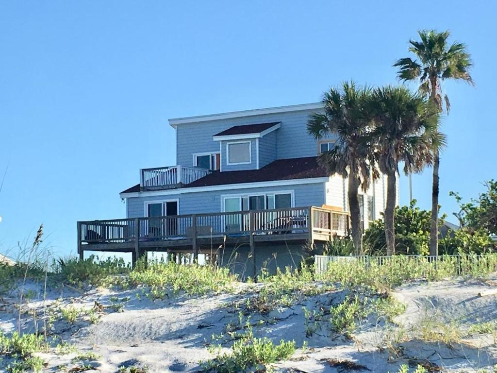 Villa Beach House, Clearwater Beach, FL - Booking.com