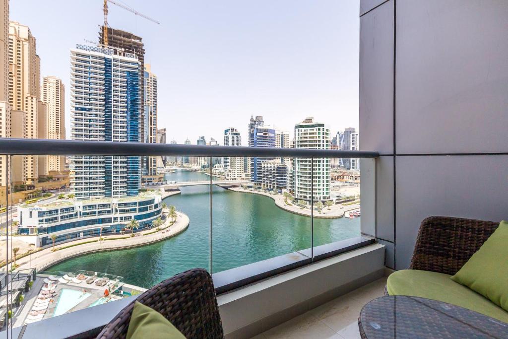 buy apartment in dubai marina