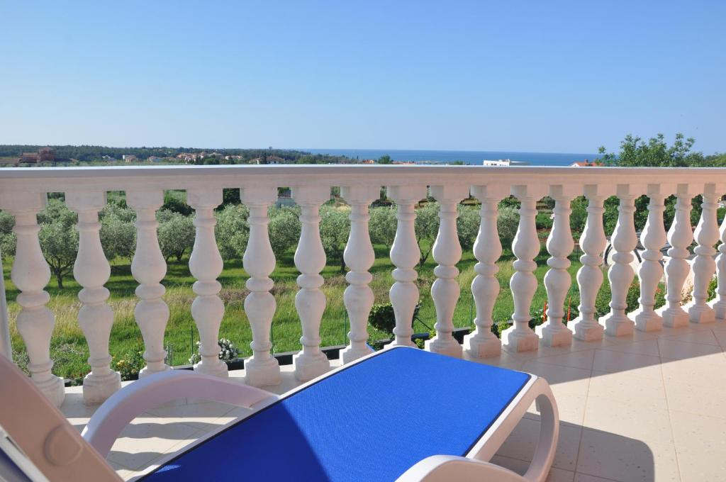 A balcony or terrace at Apartments Rosa