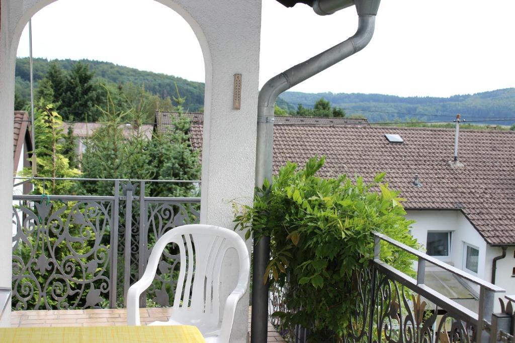 Ein Balkon oder eine Terrasse in der Unterkunft Ferienwohnungen Angela