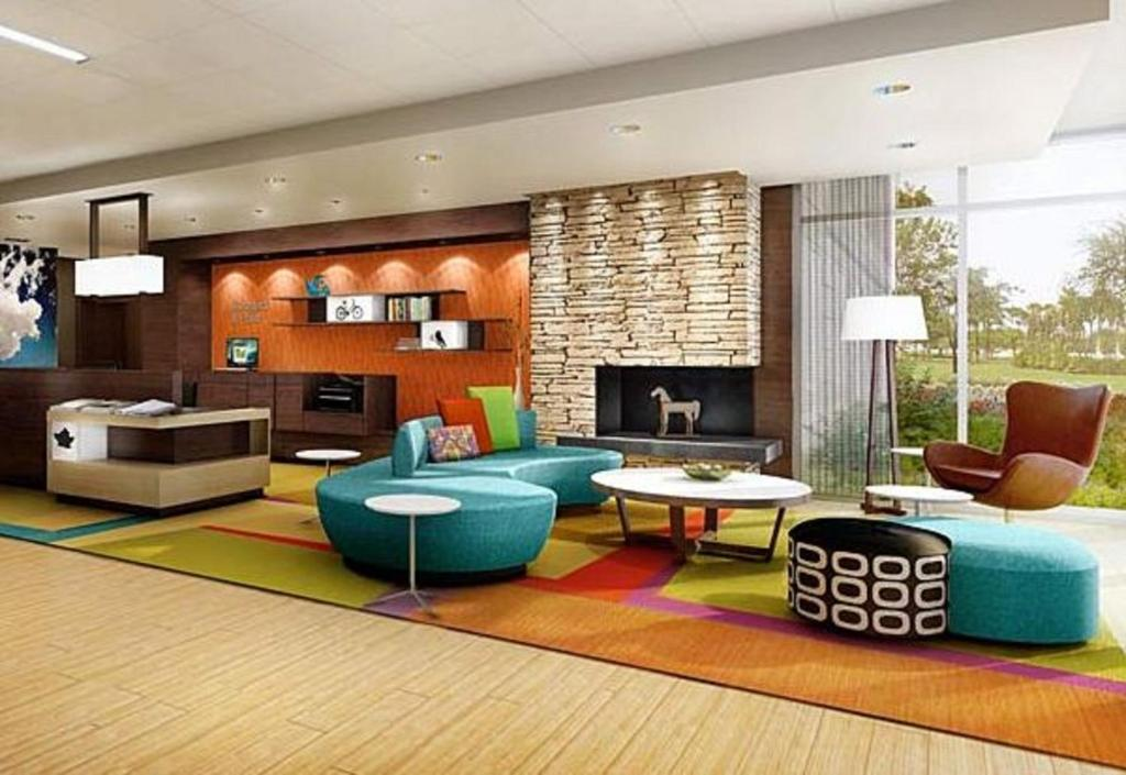 The lounge or bar area at Fairfield Inn & Suites by Marriott Hershey Chocolate Avenue