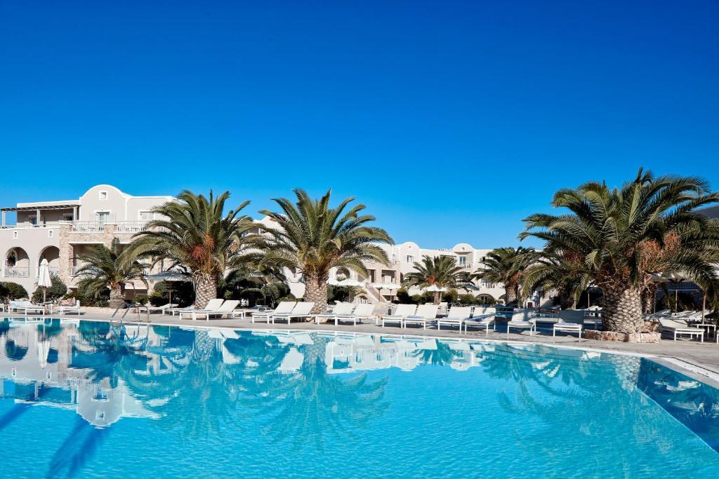 The swimming pool at or near Santo Miramare Beach Resort