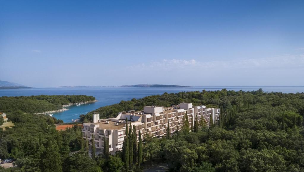 Pohľad z vtáčej perspektívy na ubytovanie Eva Sunny Hotel & Residence by Valamar