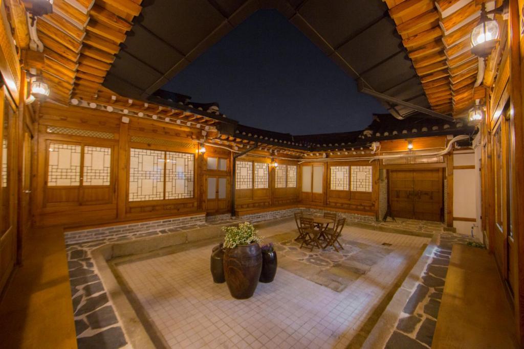 Stay256 Hanok Guest House Seoul South Korea Booking Com