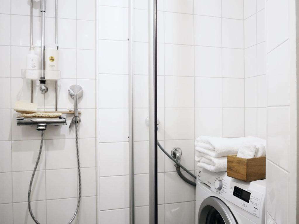 A bathroom at Roost Eerik 23