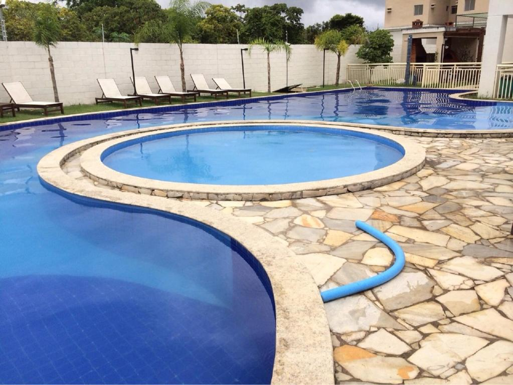 The swimming pool at or close to Residencial Parque Maceió