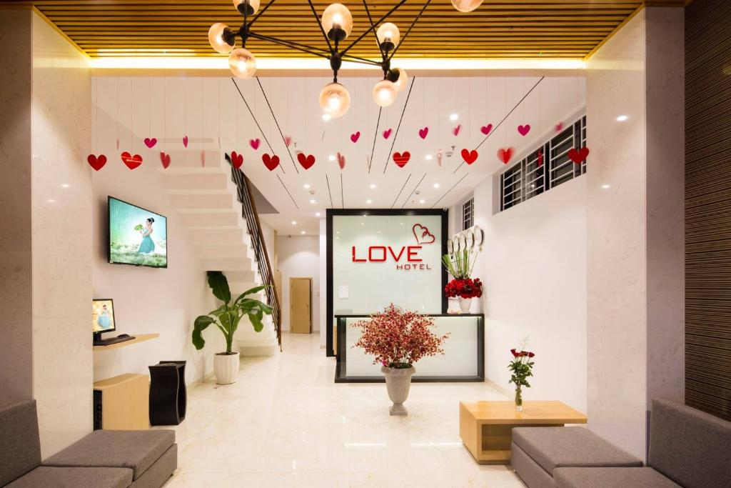 The lobby or reception area at Love Hotel