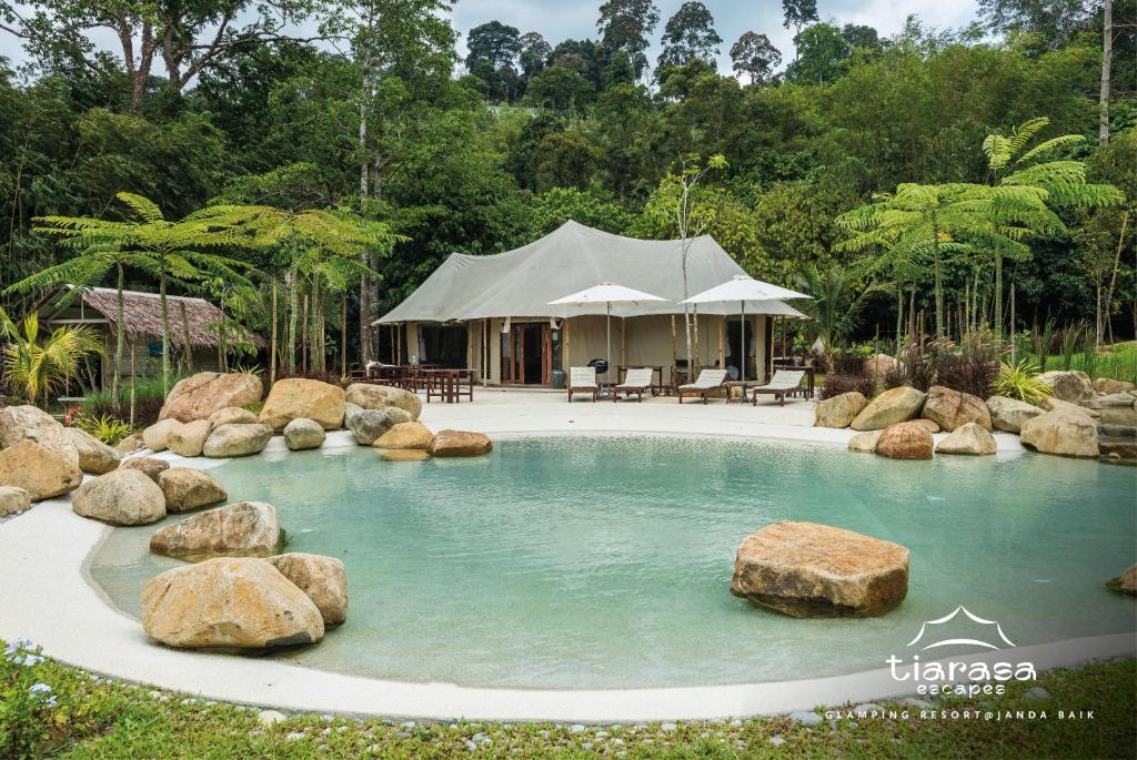 Tiarasa Escapes Glamping Resort Bukit Tinggi Malaysia Booking Com