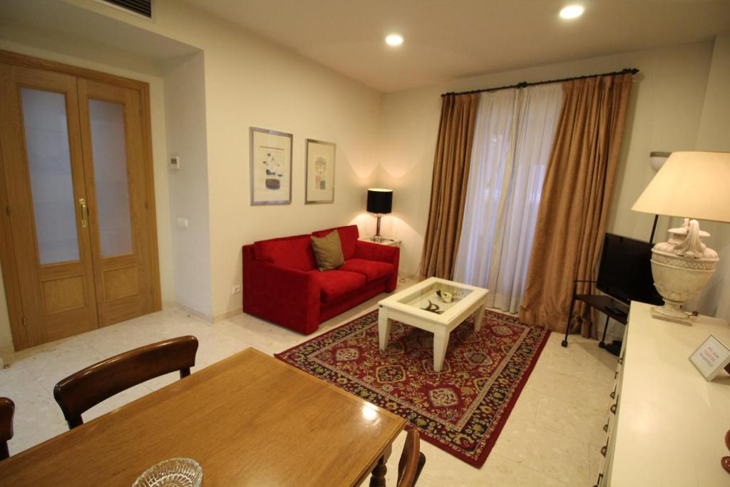 O zonă de relaxare la Apartaments St. Jordi Comtal