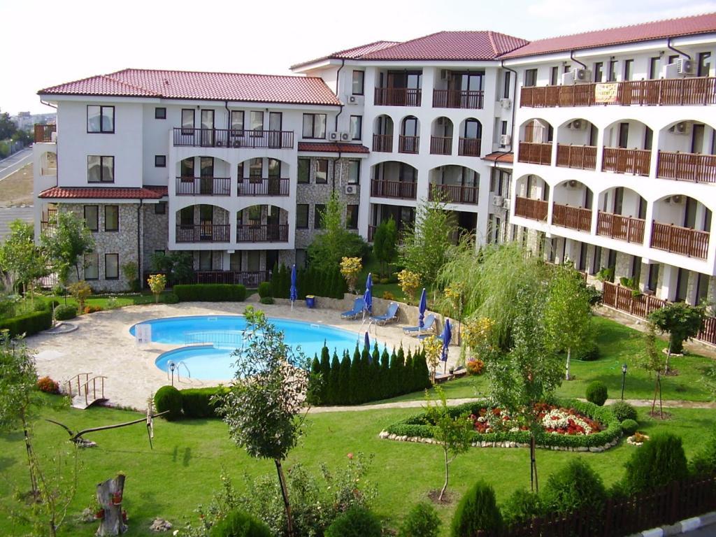 Апартаменты в болгарии святой влас робота в польше вакансии 2020
