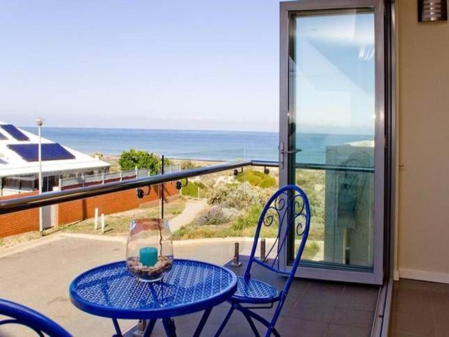 A balcony or terrace at Tennyson View