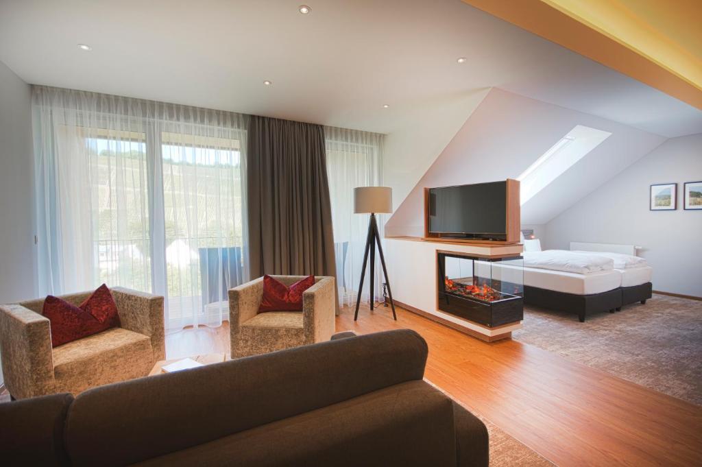 A seating area at Hotel Restaurant zur Marienburg