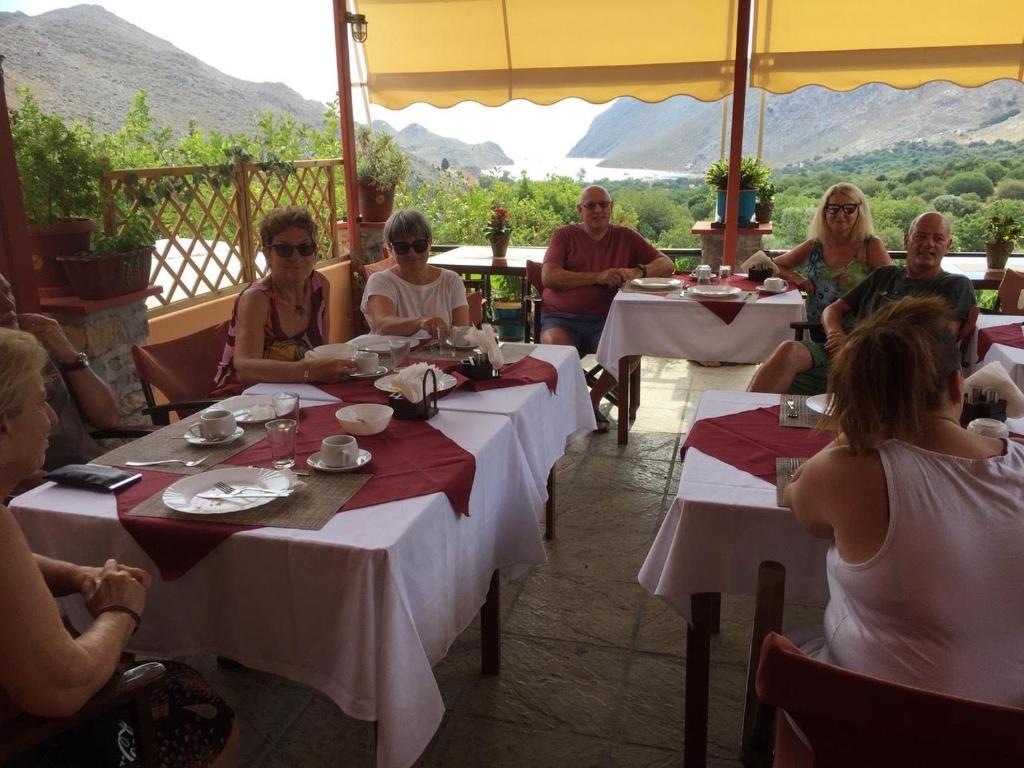 En restaurang eller annat matställe på Taxiarchis
