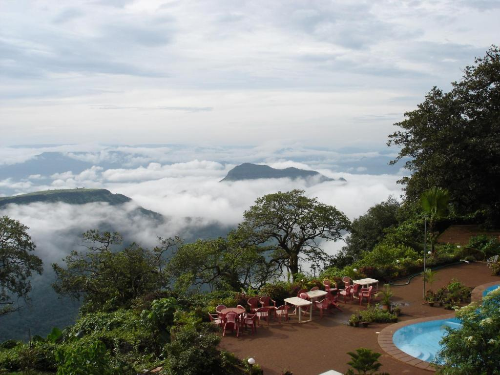 Lords Central Hotel Matheran India Booking Com