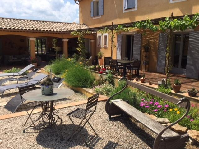 A porch or other outdoor area at Le Massounet