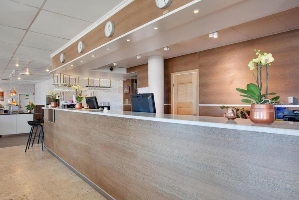 The lobby or reception area at Best Western Capital Hotel