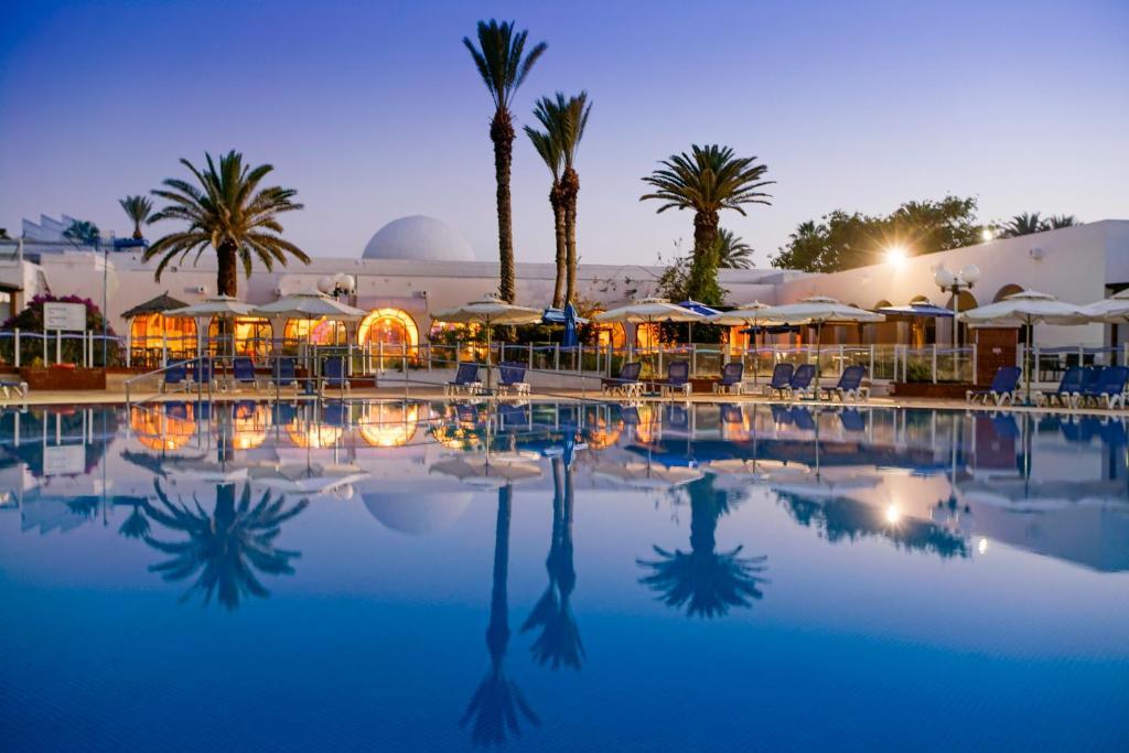 Charter Tunisia, vacante sejur Tunisia la cel mai mic tarif. Rezerva Tunisia alaturi de Mediterana Tour