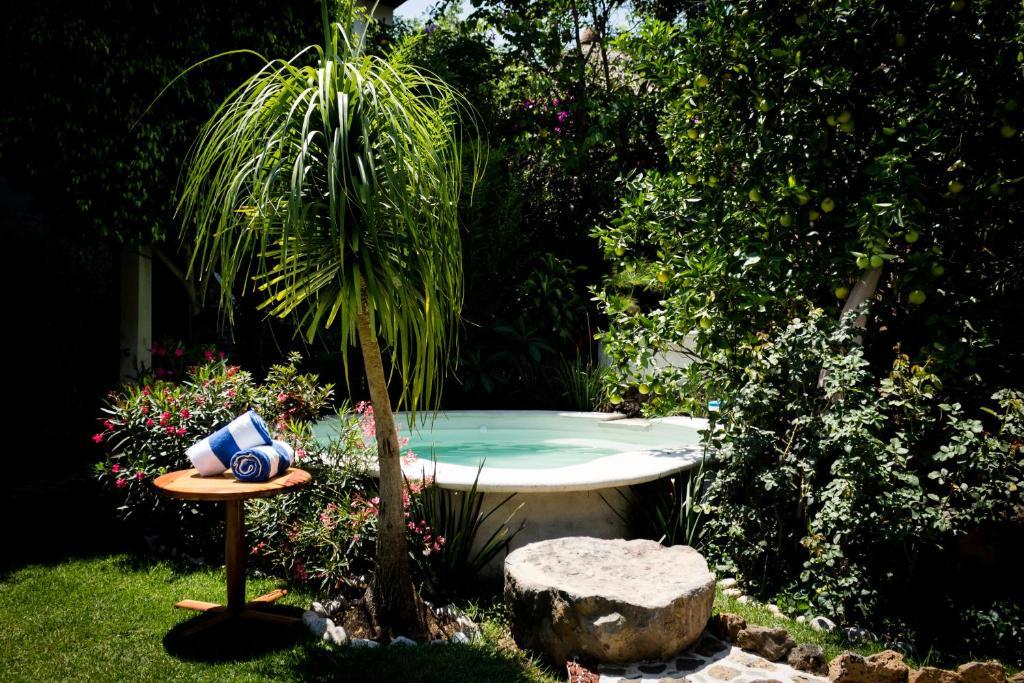 Un baño de Paradise Hotel Boutique & Lounge