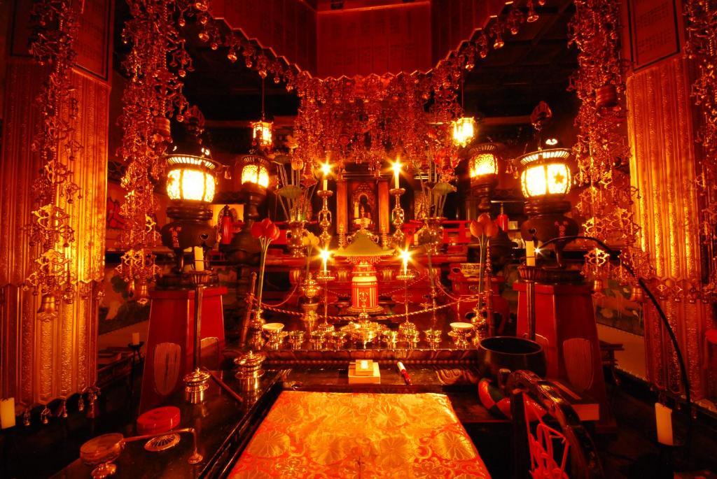 A restaurant or other place to eat at Koyasan Saizenin