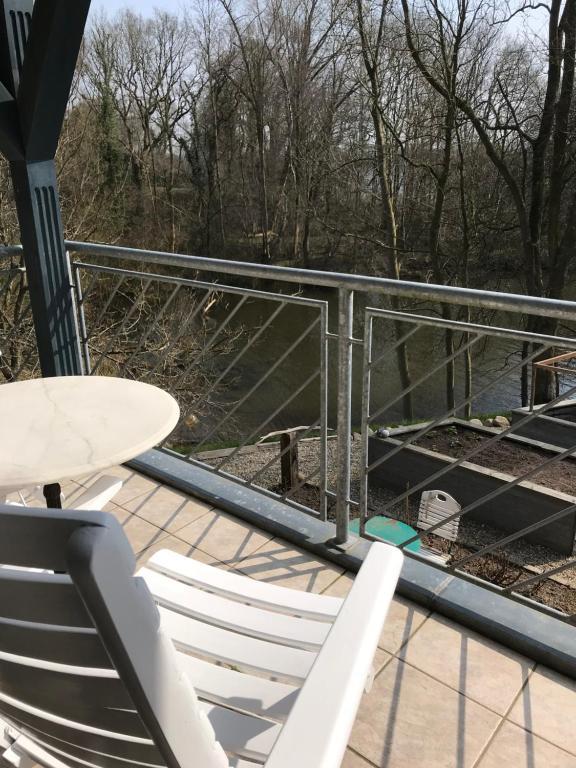 Ein Balkon oder eine Terrasse in der Unterkunft Schirnaublick