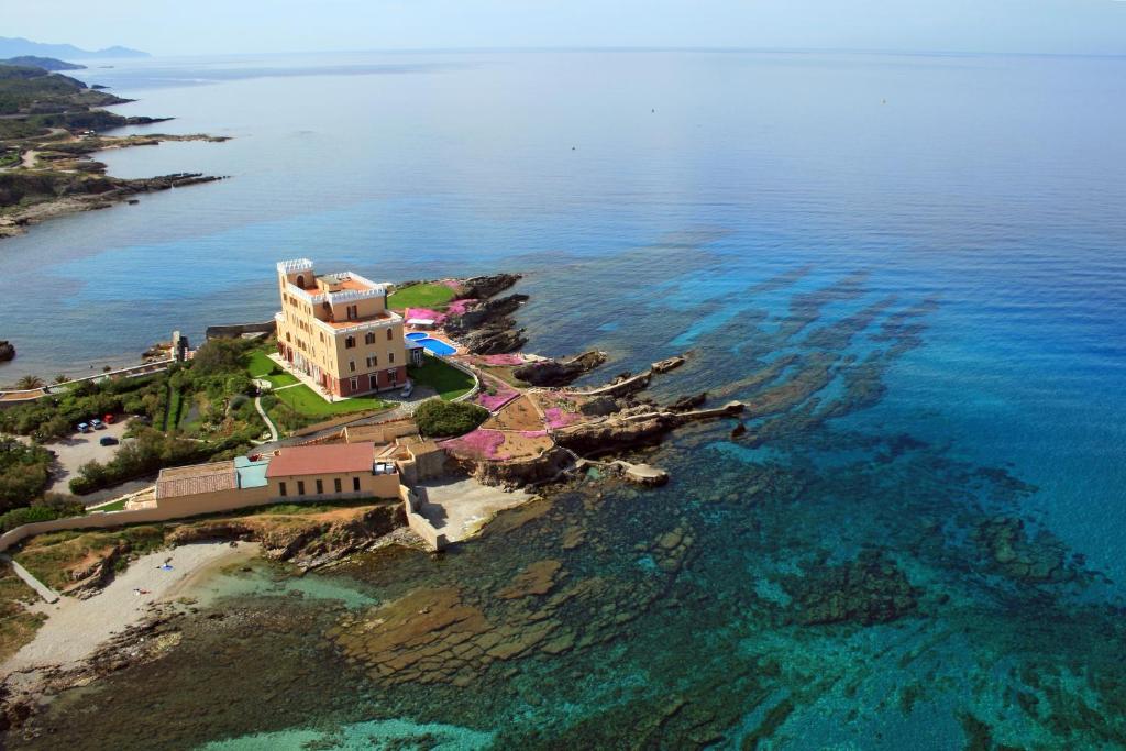 A bird's-eye view of Villa Las Tronas Hotel & SPA