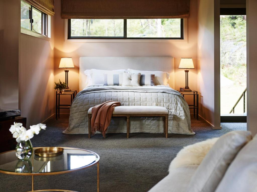 A bed or beds in a room at Pretty Beach House