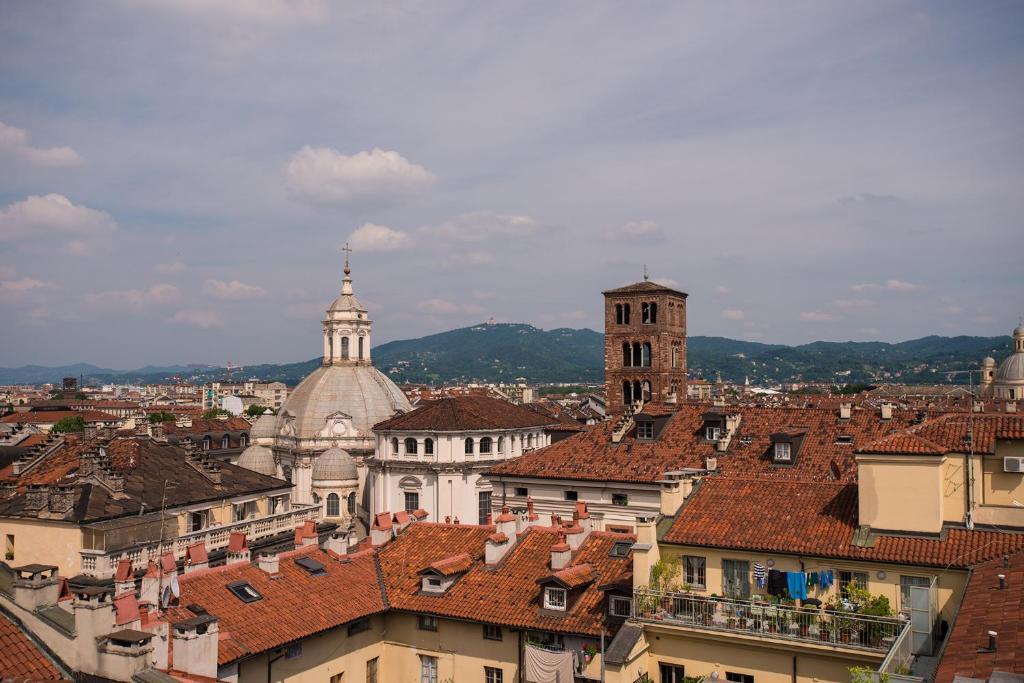 Appartamento con camino e campanile