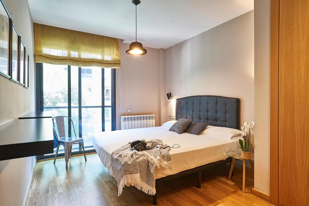 AinB Sagrada Familia Apartments - Laterooms