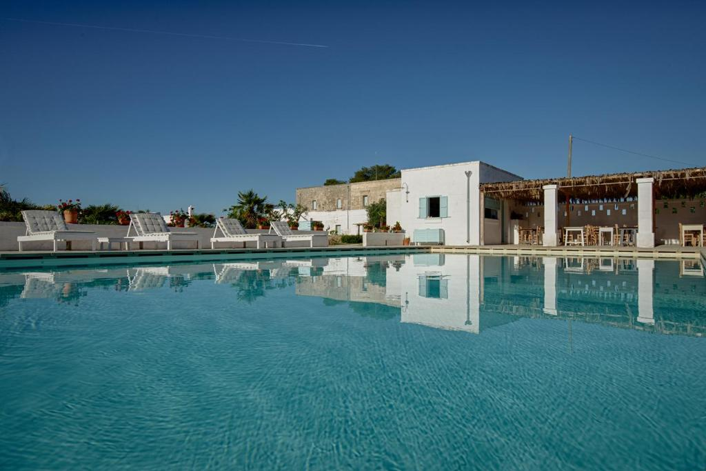 The swimming pool at or close to Masseria Palombara Resort & SPA Adults only
