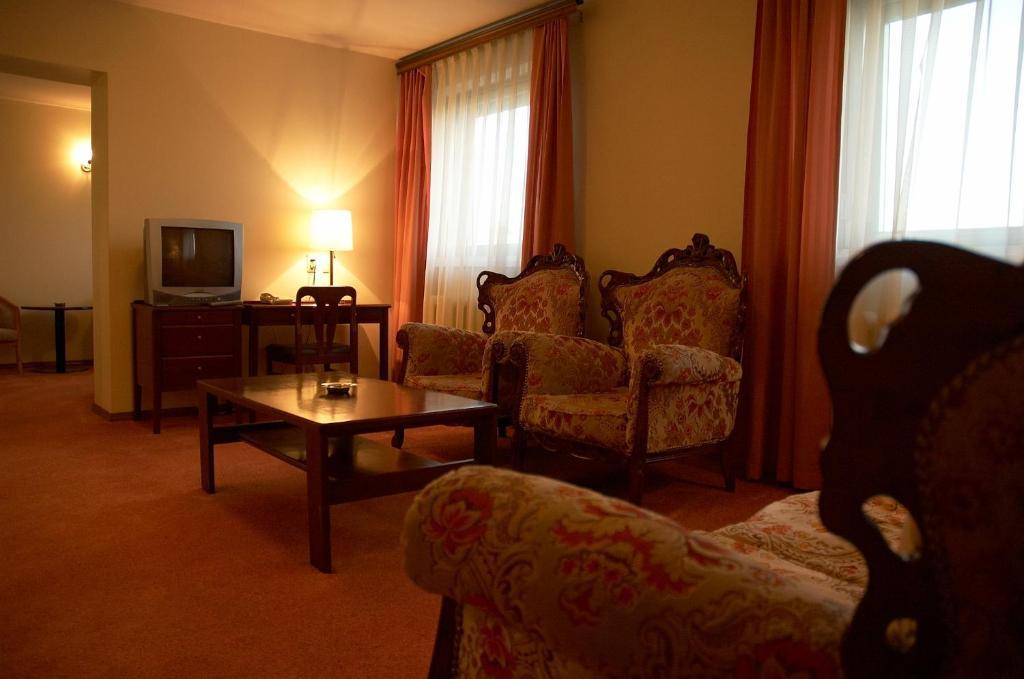 Гостиная зона в Sakhalin Sapporo Hotel
