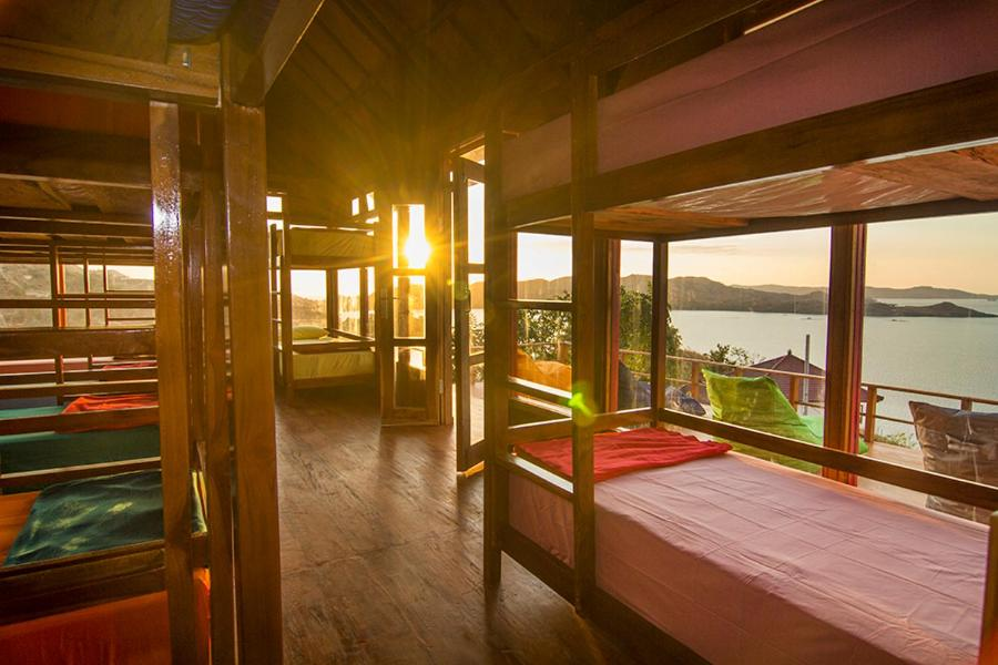 One Tree Hill Hostel, Labuan Bajo, Indonesia - Booking.com