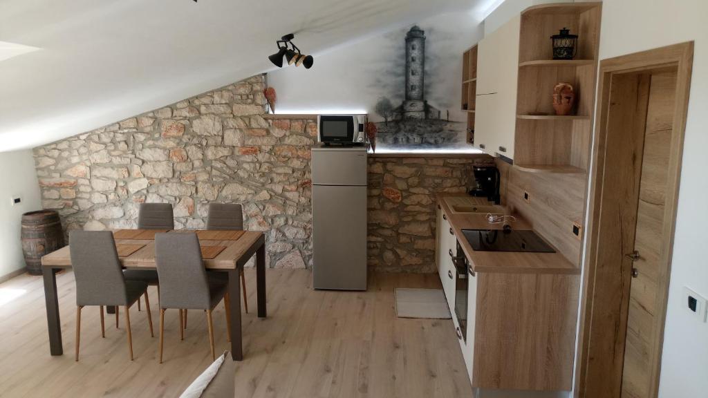 A kitchen or kitchenette at Sipar app