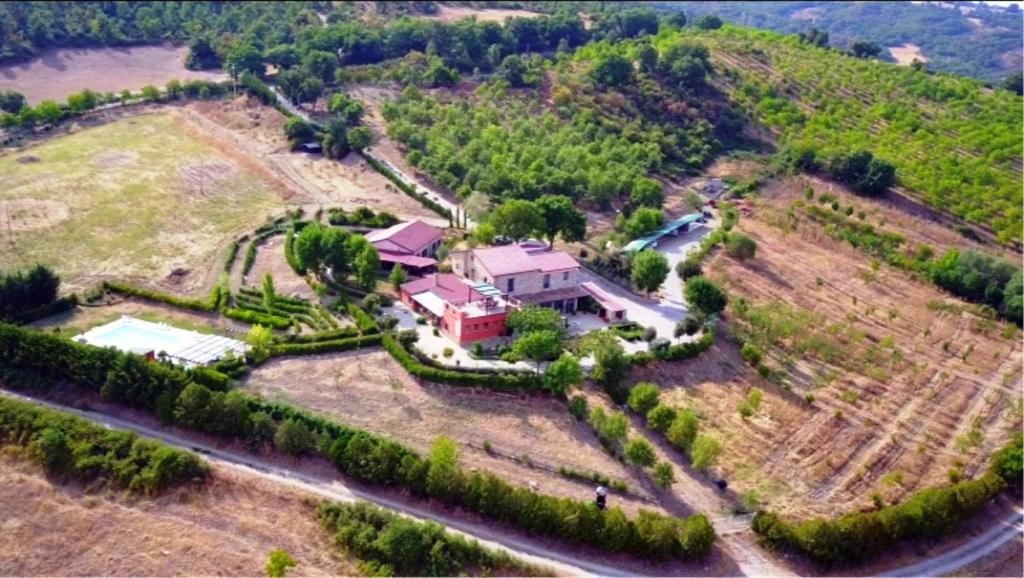 Vista aerea di La Foresteria Di San Leo