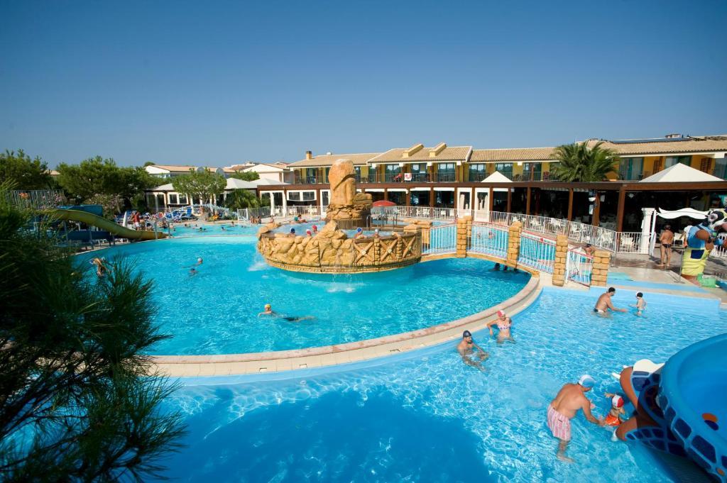 A view of the pool at Villaggio Centro Vacanze De Angelis or nearby