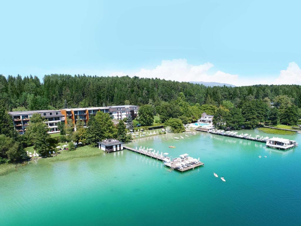 Amerika-Holzer Hotel & Resort Sankt Kanzian, Austria