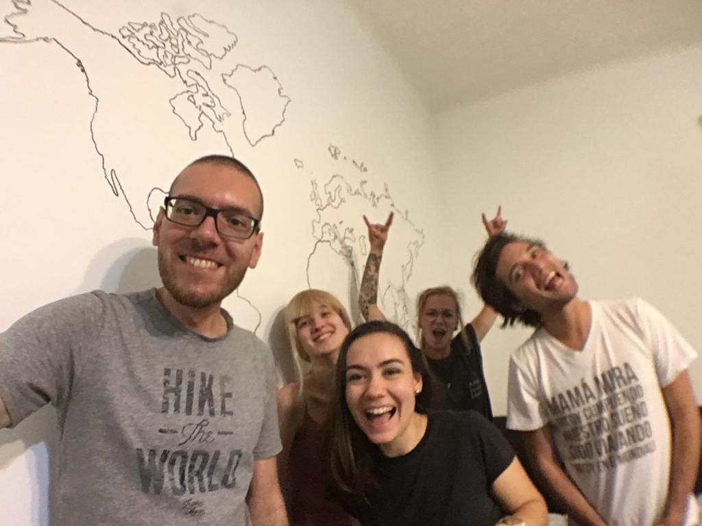 Gäste, die in der Unterkunft Grand Backpackers Party Youth Hostel übernachten