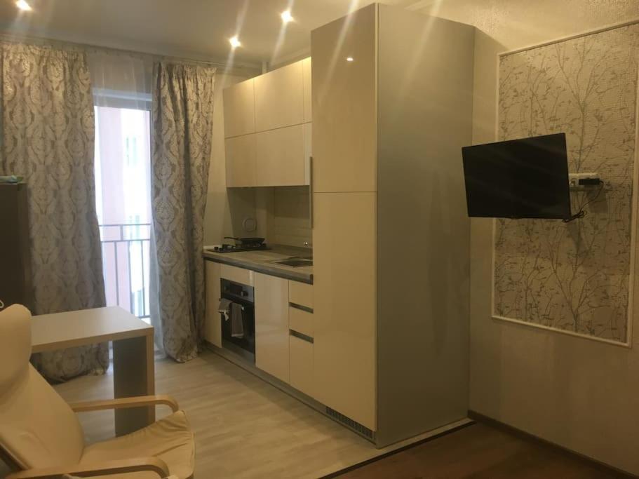 Телевизор и/или развлекательный центр в Kvartira