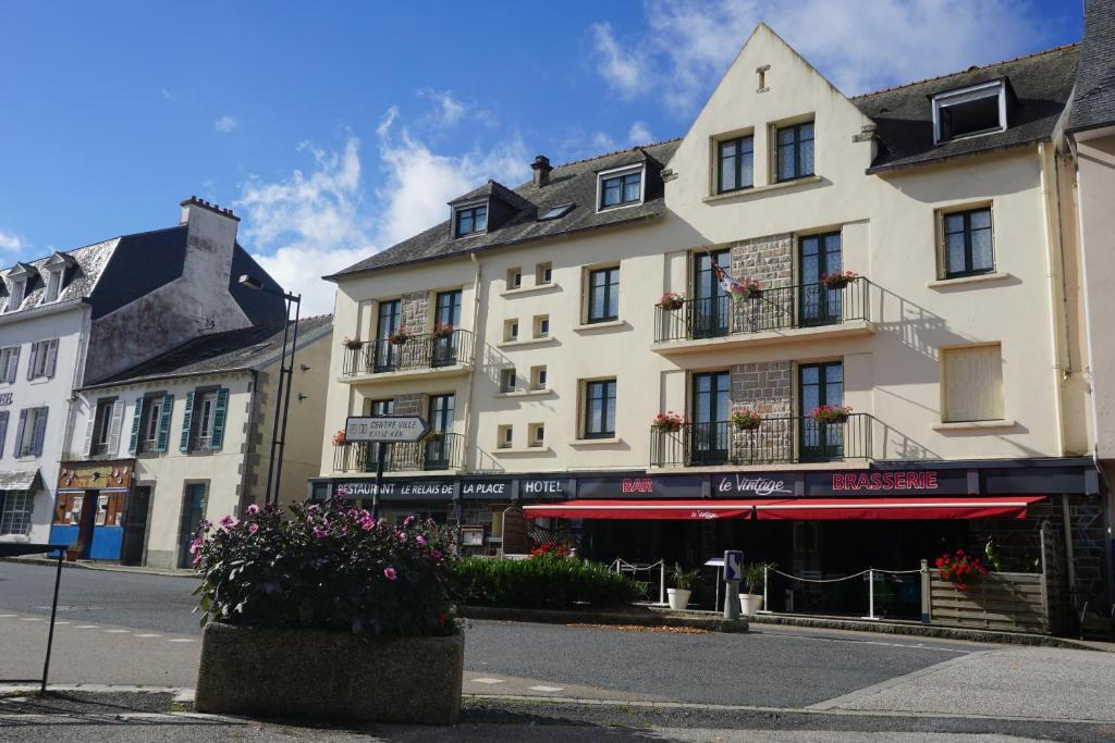 Le Relais De La Place Le Faou, France